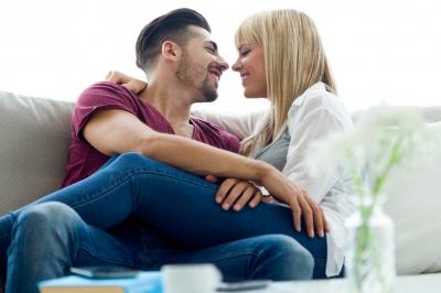 capricorn man dating cancer woman